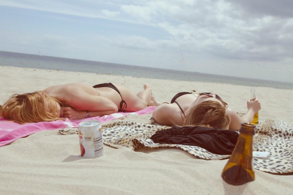 sunbathing maciej serafinowicz